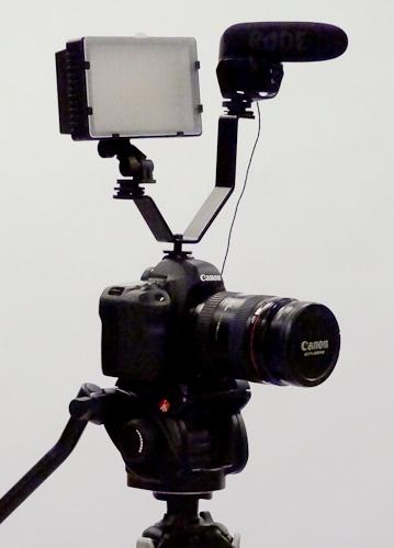 Dual Light And Sound Hot Shoe Bracket Cheesycam