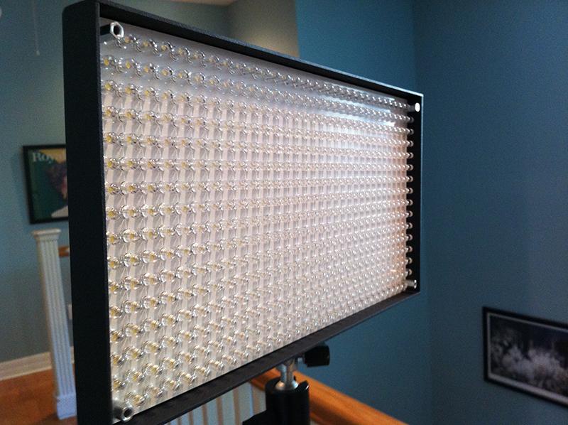 508-led-video-light-front