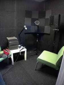 DIY-Voice-Recording-Sound-Booth-Vocal-Room (2 of 5)
