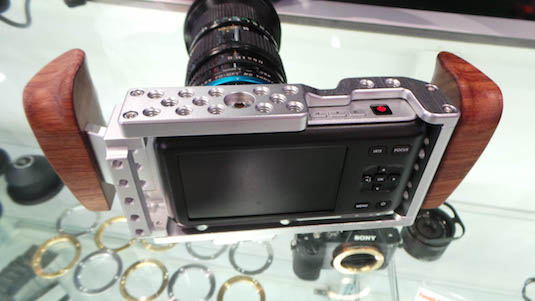 NAB 2015 FotoDiox Introduces new Shark Cages for Camera Bodies